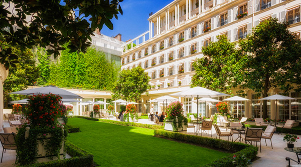 Successful Landscaping for Hotels